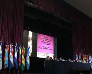 """*Representante de Brasil: Prof. Roberta Lídice. I JORNADAS LATINOAMERICANAS DE DERECHOS HUMANOS Y DERECHO HUMANITARIO Poder Judicial de Santiago del Estero - Argentina. Hacia una efectiva protección y respeto de la dignidad humana PANEL: """"Derechos Humanos Fundamentales y Su Protección"""" TEMA: """"Visión Latinoamericana de La Violencia Intrafamiliar y de Género"""" Expositora: Prof. Roberta Lídice. (Brasil) """"Esta no es una causa contra el hombre, sino contra los agresores de las mujeres, ancianas y niños..."""" Roberta Lídice. *Entrevista disponible en la página-web de la prensa del Poder Judicial de Santiago del Estero: http://prensa.jussantiago.gov.ar/index.php?op=2&idn=4112 Canal YouTube Roberta Lídice: https://youtu.be/cL7PHGDU_jA"""
